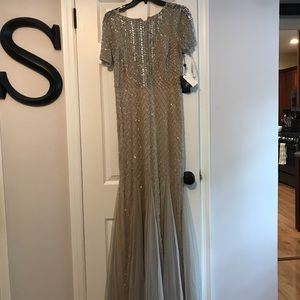 NWT Adrianna Papell beaded gown 8